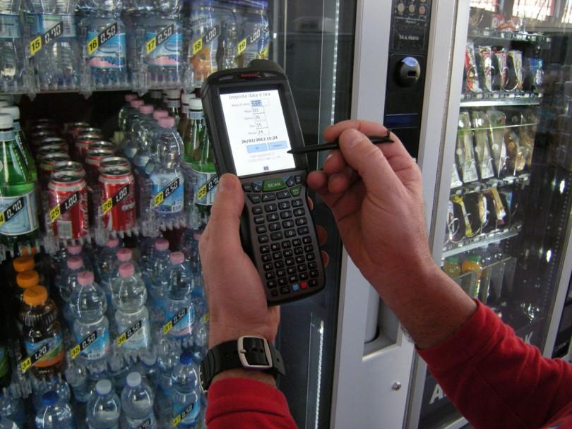 Addetto rifornimento distributori automatici